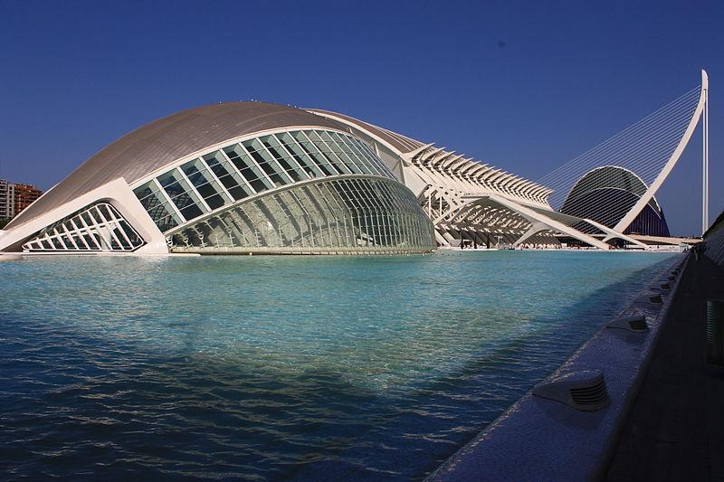 800px-Ciutat_de_les_Arts_i_les_ciencies_-_Valencia_(790860109)