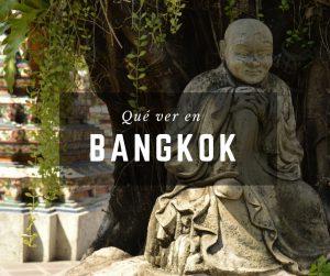 Estatua en un palacio de Bangkok, Tailandia