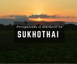 Foto del atardecer en Sukhothai, en Tailandia