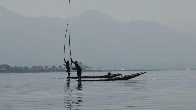 Pescadores en el Lago Inle en Myanmar